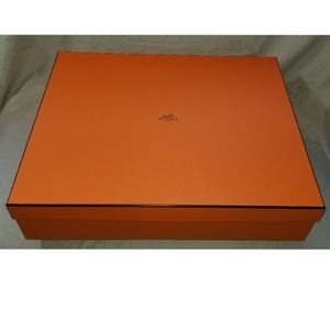 Authentic Hermes empty gift box 14.75 x 18 x 4 in